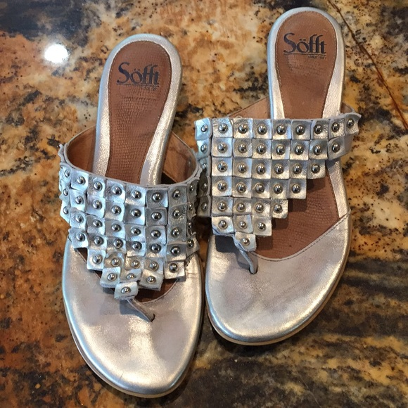 """8239c13f05c7 Sofft Silver thong sandals silver studs 1.5""""heels"""